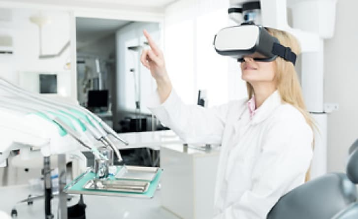 See How Virtual Reality Is Being Used in Hospitals