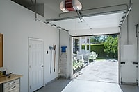Why Your Garage Could Be Attracting Burglars: 4 Things to Check For