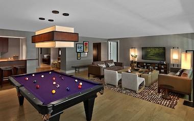 Las Vegas Suites Worth The Splurge That You Can Actually Afford - Pool table rental las vegas