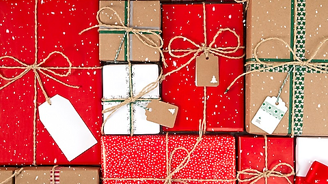 Save big on gifts with these credit cards