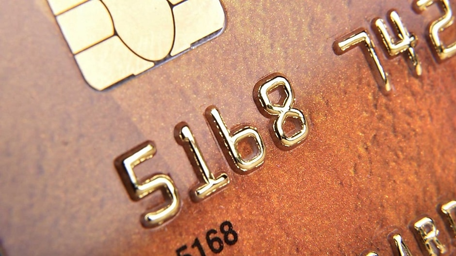 Transfer your debt to a card with 0% interest until 2020